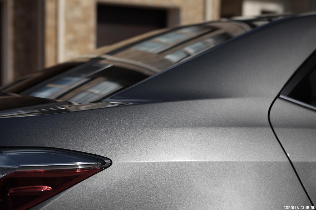Toyota Corolla рестайлинг заднее стекло