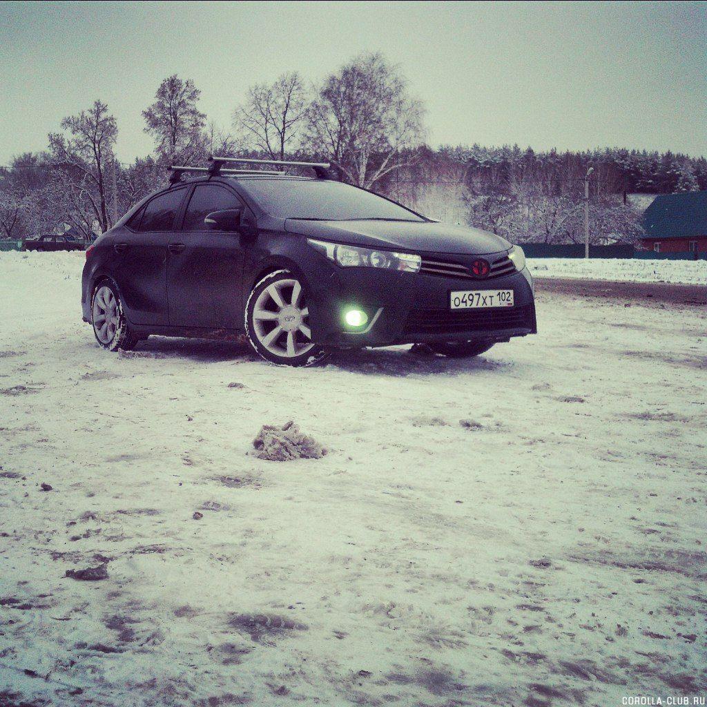 corolla на снегу