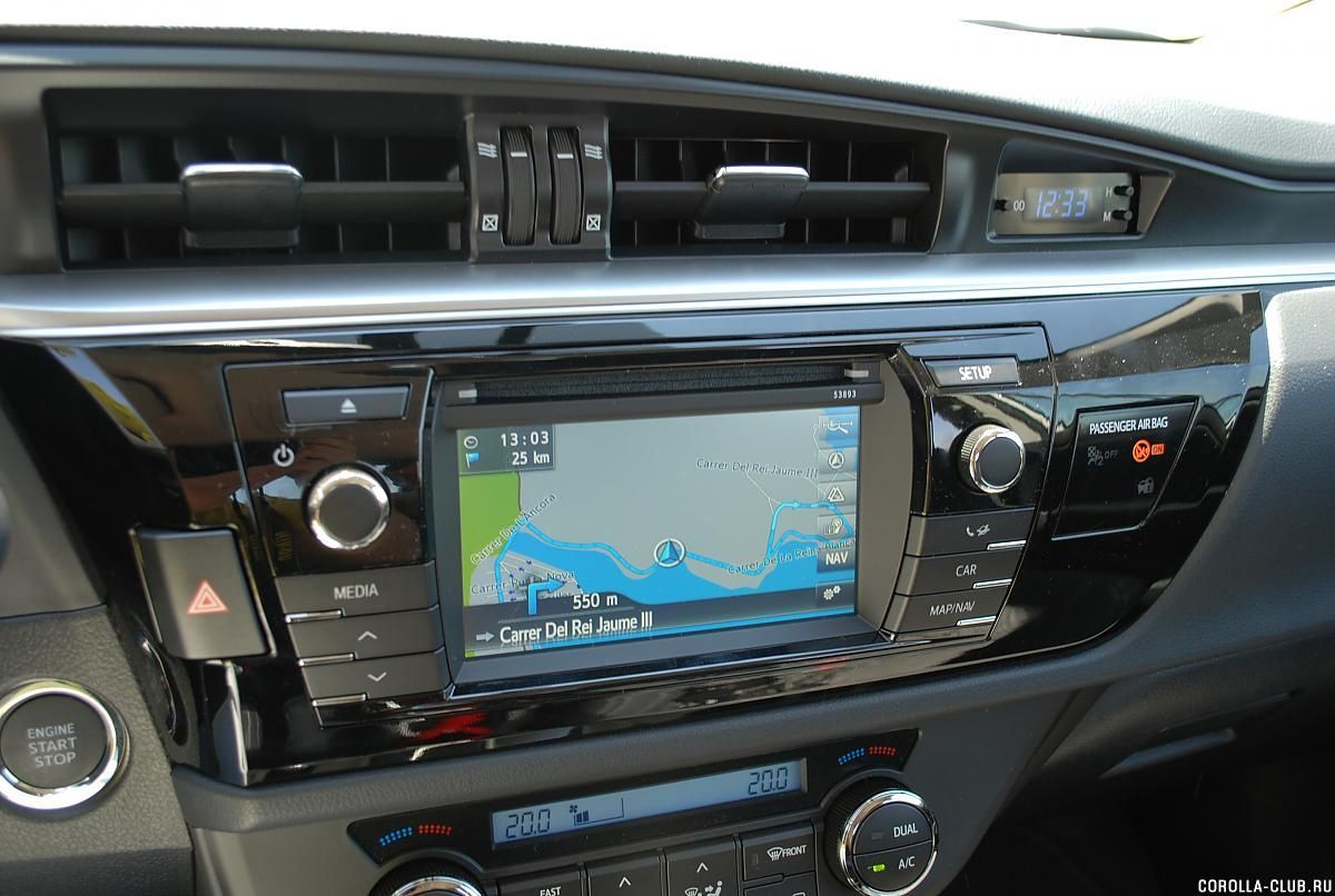 Toyota Corolla монитор