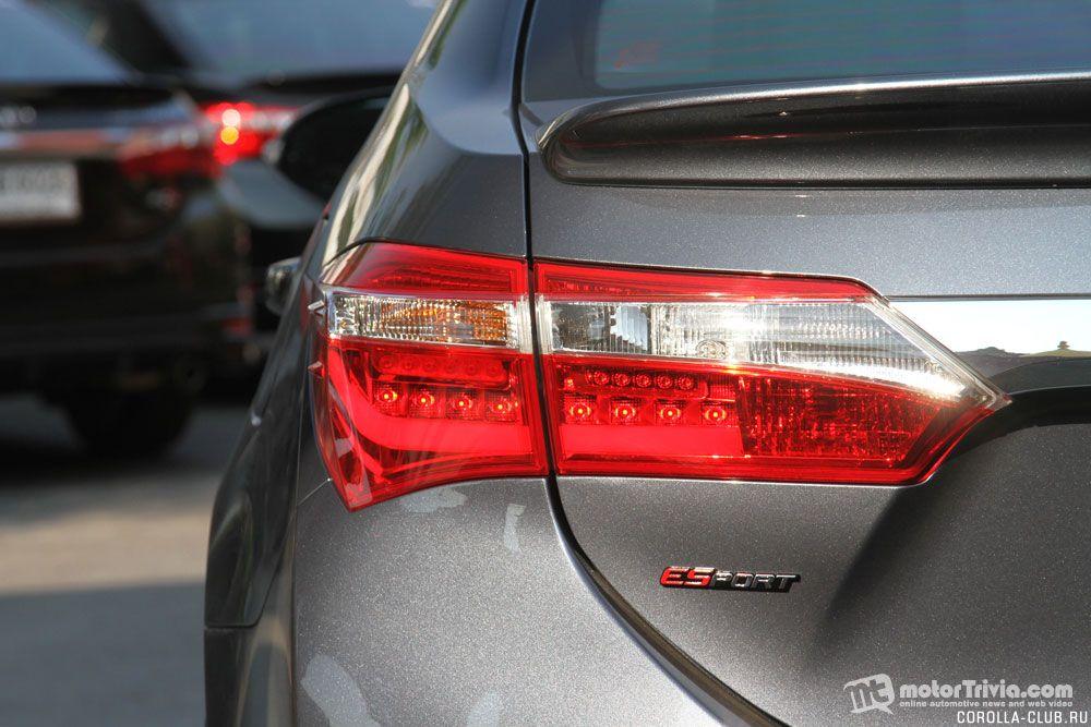 Toyota Corolla ESport задний фонарь