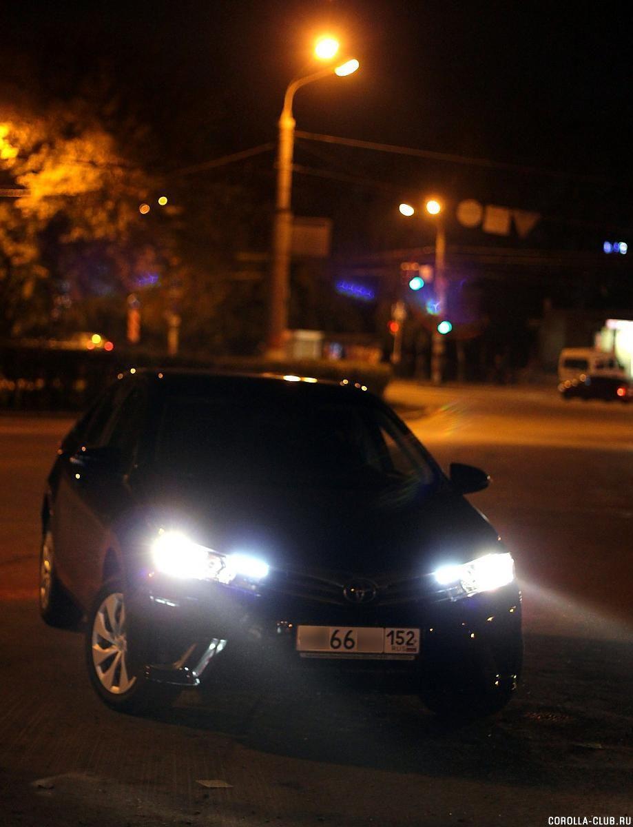 Toyota Corolla 2014 черная